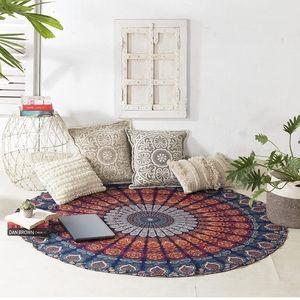 """NWT * Round Mandella Tapestry 70"""" Wall hang"""